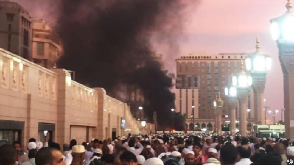 Ledakan di Madinah, Arab Saudi, 4 Juli 2016.