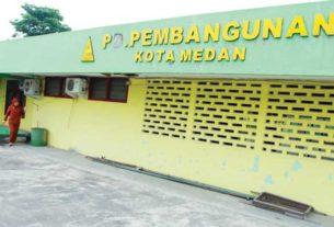 LENGGANG: Kantor PD Pembangunan di Jalan Sutomo Medan, tampak lenggang, beberapa waktu lalu. TRIADI WIBOWO/SUMUT POS