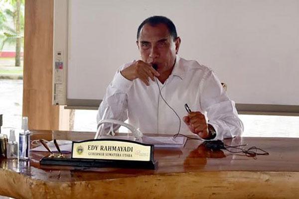 Gubsu Edy Rahmayadi  saat video conference  beberapa waktu lalu. Gubsu terus mengimbau masyarakat untuk tetap menjaga disiplin protokol kesehatan.