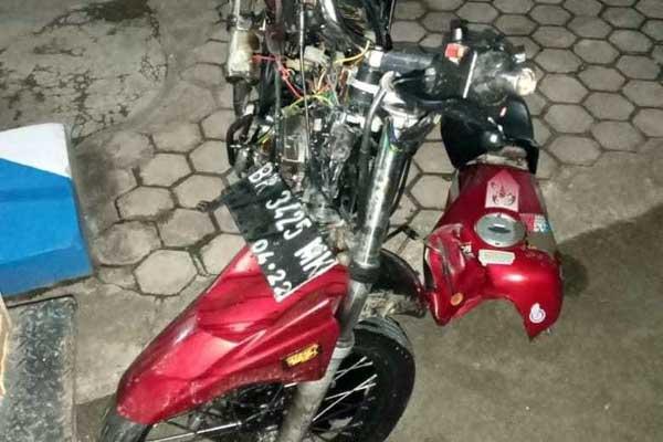 MOTOR KORBAN: Kendaraan korban Anggi Pratama, Scorpio BK 3425 MK yang diamankan Polres Sergai.