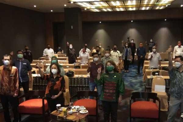 Suasana Sosialisasi Panduan Pelaksanaan Kebersihan, Kesehatan, Keselamatan dan Kelestarian Lingkungan pada Kegiatan Wisata Pertemuan, Insentif, Konvensi dan Pameran (MICE) di Hotel Grand Mercure Medan, Kamis (24/9).