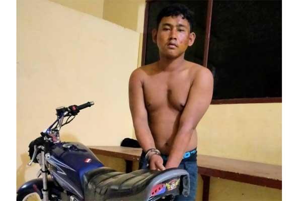 TERSANGKA: Tio Prabudi (23), maling motor Yamaha RX King BK 5786 HI milik Ilham (33) warga Jalan Jamin Ginting.