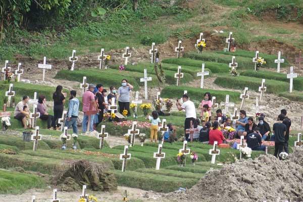 TPU SIMALINGKAR: Area pekuburan jenazah korban Covid 19 di Simalingkar, Kota Medan.
