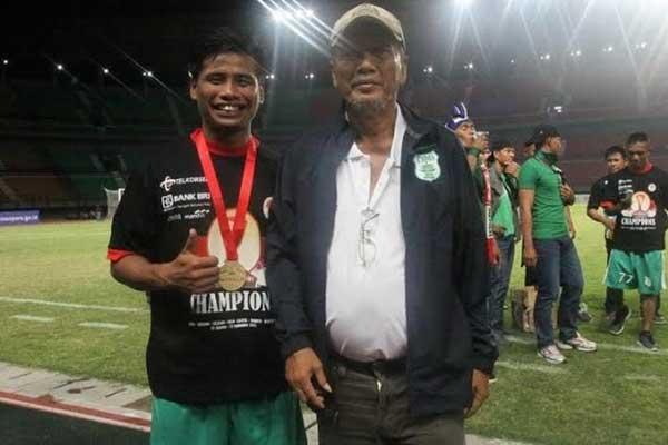 LEGENDA: Legenda PSMS Medan, Parlin Siagiaan semasa hidup.