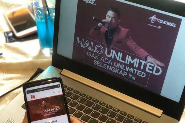 Paket Halo Unlimited tersedia secara luas bagi pelanggan pascabayar, pelanggan prabayar yang ingin melakukan migrasi, serta pelanggan baru dengan mengakses telkomsel.com/halounlimited. Telkomsel juga memungkinkan pelanggan migrasi dan pelanggan baru untuk mendaftar dengan mengunjungi GraPARI yang telah menjalankan protokol kesehatan. Paket Halo Unlimited juga akan hadir di aplikasi MyTelkomsel dan USSD Menu Browser (UMB) dalam waktu dekat.