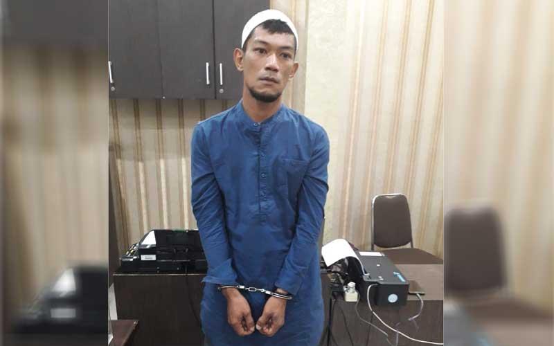 TERSANGKA: Pelaku penghinaan Presiden RI, Welly Putra.dewi/Sumut Pos/ist.