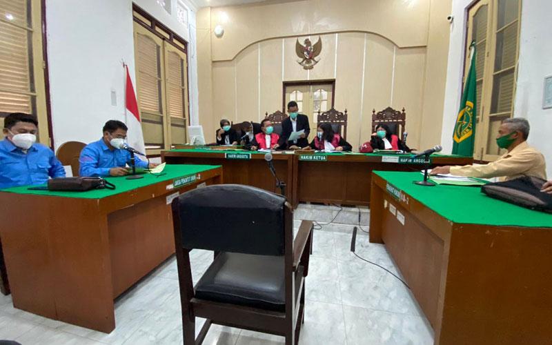 SIDANG: Suasana sidang perdana gugatan KMS M-SU terhadap Wali Kota Medan di Pengadilan Negeri Medan, Rabu (25/11).