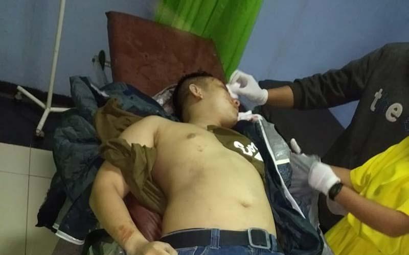 MENINGGAL DUNIA: Korban yang meninggal dunia usai kecelakaan dibawa ke RSU Latersia.yedi/sumut pos.
