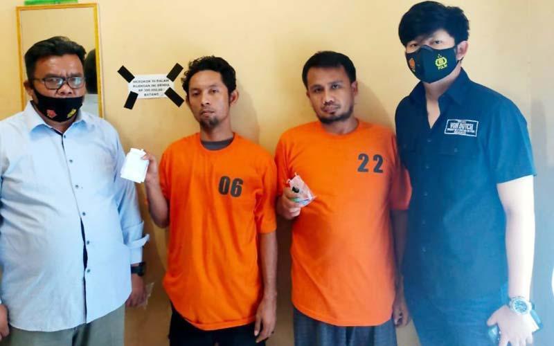 DIAMANKAN: Dua pegawai RSUD Rantauprapat diamankan di Mapolres Labuhanbatu, usai dibekuk saat hendak melakukan pesta narkoba di RSUD Rantauprapat.